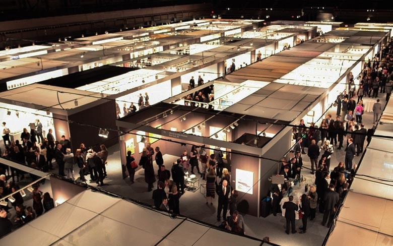 The International Show, Messe